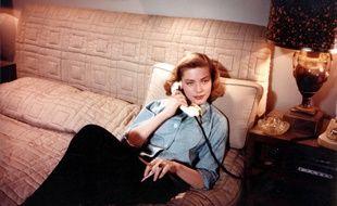 Pantalon et chemise d'homme, Lauren Bacall était pourtant ultra-féminine.