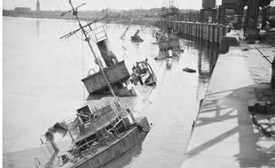 A Bordeaux en juin 1944 Les Allemands ont coulé 200 bateaux dans la Garonne