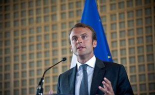 Emmanuel Macron lors de la passation de pouvoir à Bercy, le 27 août 2014.