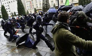 Manifestation contre la reforme des retraites, place de la République à Rennes.