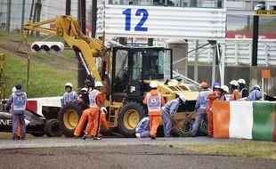 Au Grand Prix du Japon, Bianchi avait percuté une grue venue dépanner Sutil.