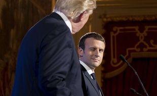 Emmanuel Macron et Donald Trump le 13 juillet 2017 à l'Elysée à Paris.