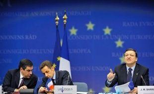 """Près de 60% des Français souhaitent que les pays de l'Union européenne (UE) """"impulsent des politiques communes"""" ou """"renforcent la coordination"""" face à la crise économique, mais 33% disent préférer des solutions nationales, selon un sondage CSA à paraître mardi."""