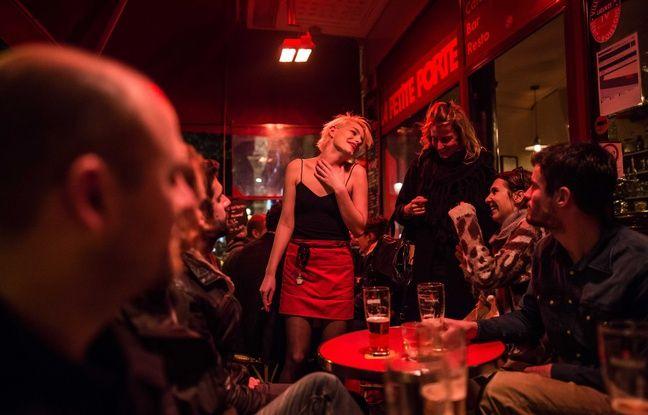 Un bar du 10e arrondissement en novembre 2015