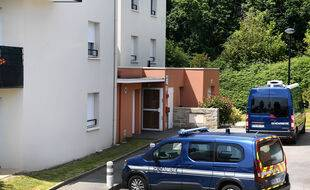 Le corps des deux fillettes avait été trouvé à leur domicile dans la commune du Relecq-Kerhuon