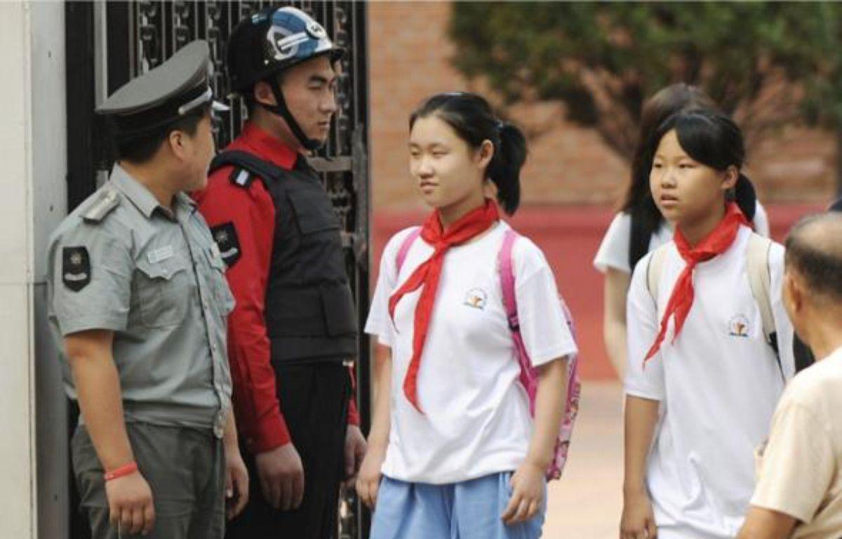 Entre mars et août, 18 enfants sont morts dans six attaques d'établissements scolaires. –  P. PARKS / AFP