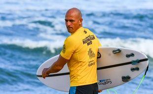 La légende du surf Kelly Slater, à Honolulu, le 8 novembre 2016.