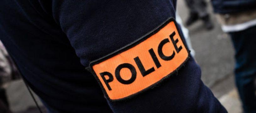 Un agent de police. (illustration)
