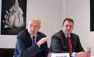Le maire de Bordeaux et candidat à la primaire de la droite et du centre Alain Juppé, ici lors d'une visite à Rennes le 20 avril 2016.