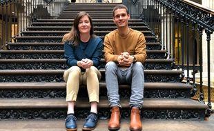 Lola Moy et Romain Durand, co-fondateurs de la marque Ankore qu'ils portent sur le dos.