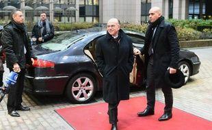 Le ministre français de l'Intérieur Bernard Cazeneuve arrive le 5 décembre à une réunion au Conseil européen à Bruxelles