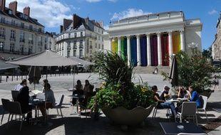 La place Graslin et son théâtre, à Nantes.