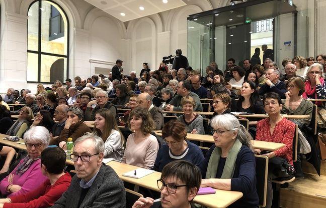 Réunion publique sur le Coronavirus à Bordeaux: Pas de psychose mais beaucoup de questions et d'inquiétudes