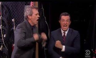 Hugh Laurie et Stephen Colbert se lâchent sur «Get Lucky» dans l'émission américaine «The Colbert Report».