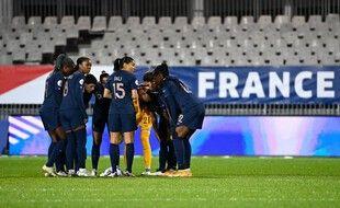L'équipe de France féminine lors du match contre le Kazakhstan (12-0), le 1er décembre 2020 à Vannes.