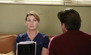 Meredith Grey, interprétée par Ellen Pompeo, dans la saison 13.