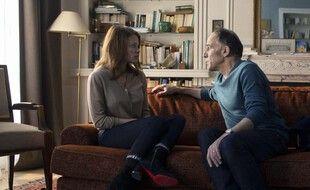 Frédéric Pierrot est Philippe Dayan et Mélanie Thierry est Ariane dans la série