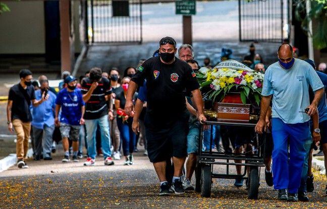 648x415 proches joao alberto silveira freitas battu mort agents securite magasin carrefour assistent funerailles porto alegre bresil 21 novembre 2020