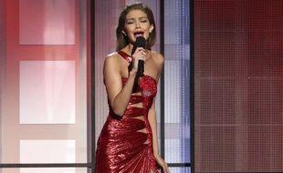Gigi Hadid s'est excusée pour avoir imité Melania Trump aux Américan Music Awards