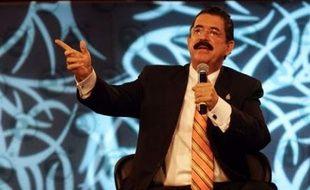 Le vice-président du parlement du Honduras, Mario Fernando Hernandez (42 ans) et un candidat à la députation qui l'accompagnait, ont été assassinés par balle samedi par des hommes encagoulés dans la ville de San Pedro Sula, au nord du pays, a indiqué la police.