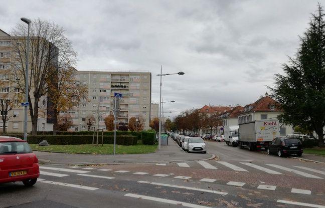 La fameuse rue du Jura, point sensible de stationnement à l'Esplanade.