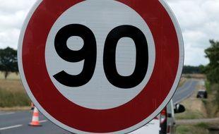 Un panneau limitant la vitesse à 90 km/h (illustration)