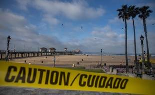 Huntington Beach quasiment désertée le 2 mai 2020.