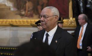 Colin Powell rend hommage à George H. W. Bush, au Capitole à Washington, le 4 décembre 2018.