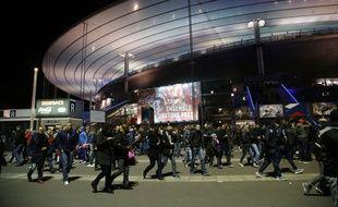 Mouvement de panique devant le Stade de France, le 13 novembre 2015.