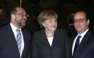 Les antinucléaires alsaciens interpellent Angela Merkel et François Hollande sur la fermeture de Fessenheim. (Archives)