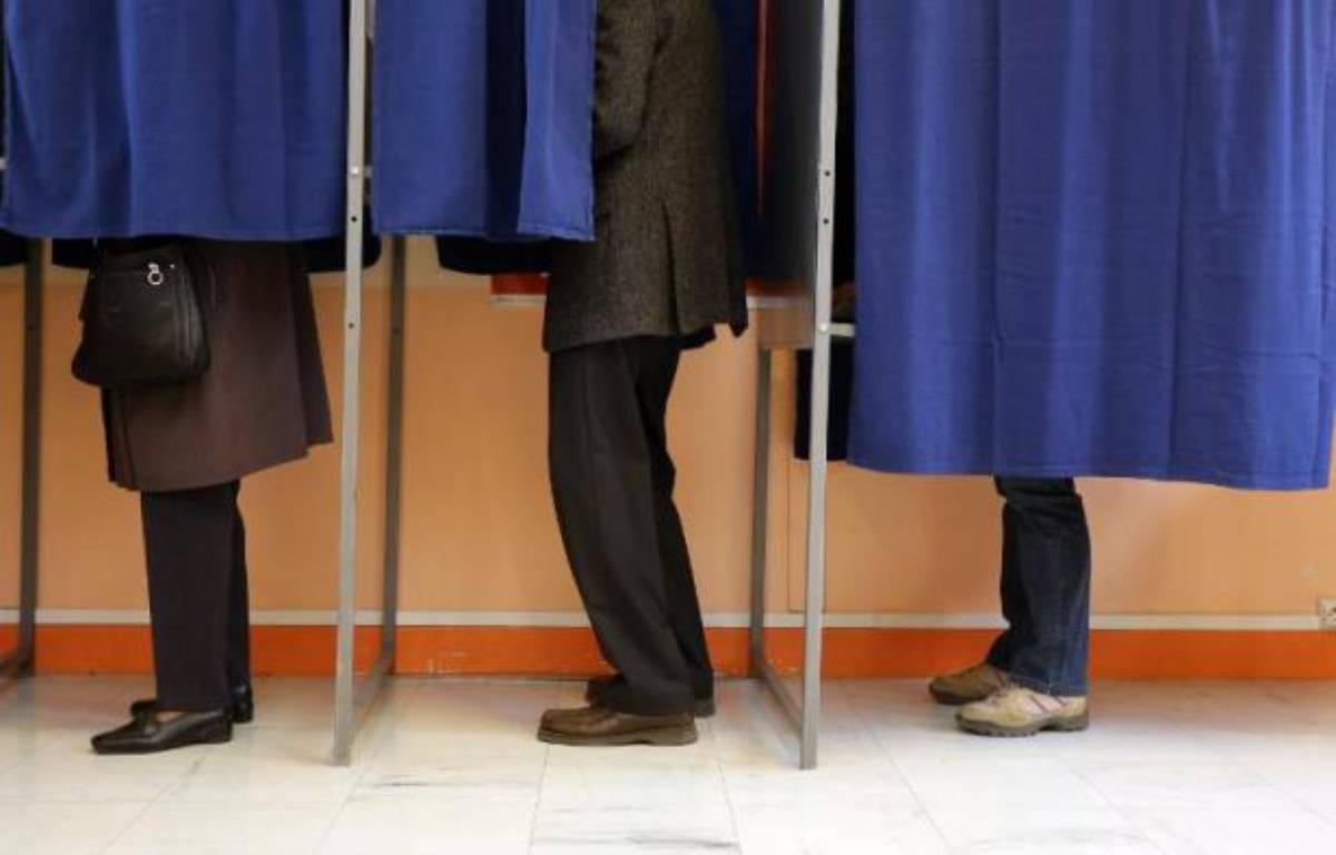 Les patrons peuvent-ils influencer le vote de leurs salariés ? – Nicolas Tucat AFP