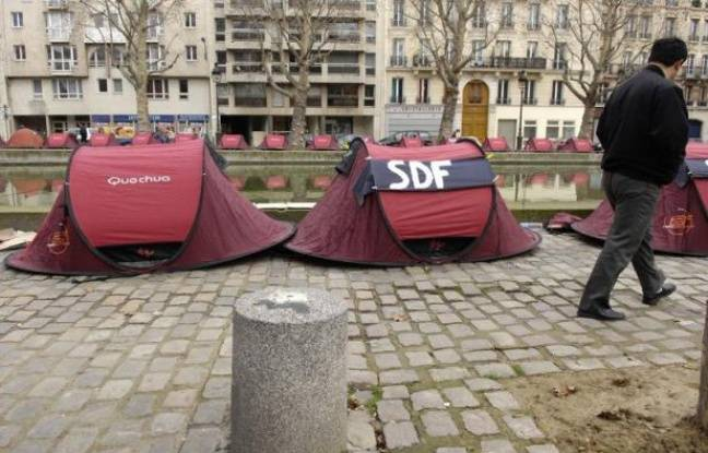un sdf de 45 ans retrouv mort de froid sous un pont paris. Black Bedroom Furniture Sets. Home Design Ideas