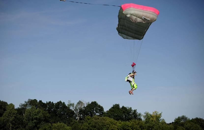 saut en parachute 18 ans