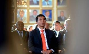 L'élection présidentielle à Madagascar, étape indispensable au rétablissement de la démocratie, a été reportée au 23 août par le gouvernement de transition mais le flou demeurait jeudi sur la suite du processus et l'attitude de la communauté internationale qui risque de se retirer.