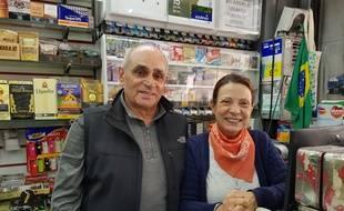 Paulo et Ana Maria, propriétaires d'un kiosque à São Paulo, le 29 octobre 2018.
