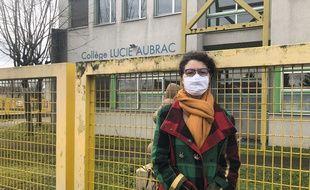 Leïla, professeur d'arts plastiques au collège Lucie Aubrac de Givors, est en grève de la faim depuis le 25 janvier pour que l'établissement soit classé Rep+
