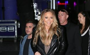 La chanteuse Mariah Carey quittant les studios ABC, le 15 février 2017.