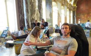 Maxime Médard, parrain 2016 de l'édition Mon sang pour les autres au Capitole.