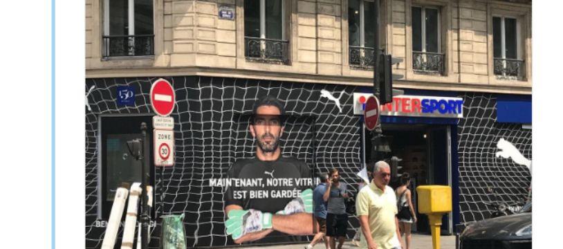 Le magasin Intersport situé rue de Rivoli à Paris a opté pour une devanture centrée sur Buffon