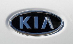 L'agence américaine de la sécurité routière, la NHTSA, a annoncé vendredi le rappel de près de 146.000 voitures de la marque coréenne Kia, pour un problème de ressort dans l'installation du coussin gonflable de sécurité, côté conducteur.