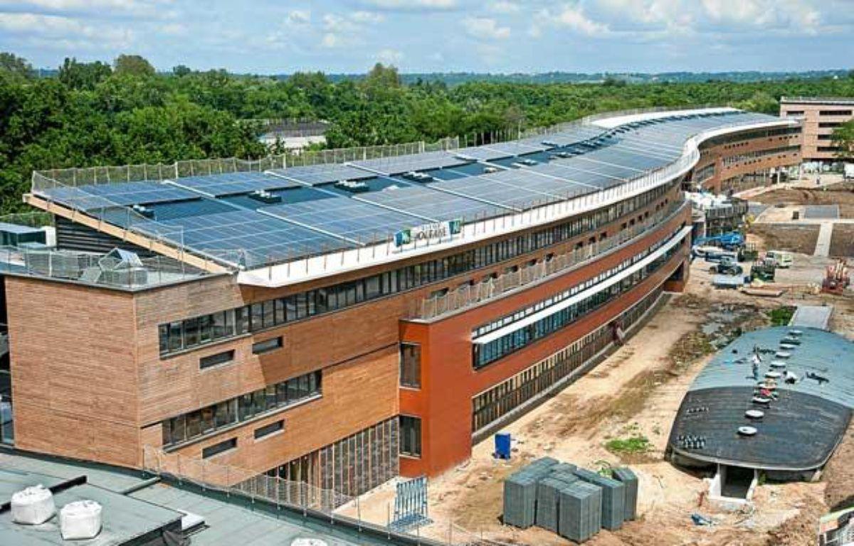 Le lycée Vaclav Havel à Bègles, sera à la rentrée 2012 le premier lycée à énergie positive d'Aquitaine – S.ORTOLA/20MINUTES