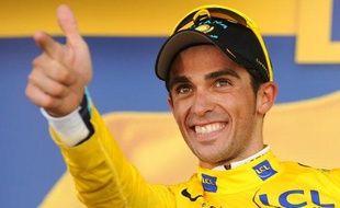Le cycliste espagnol Alberto Contador, vainqueur de la 15e étape du Tour de France, le 19 juillet 2009 à Verbier (Suisse)