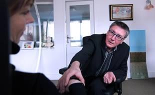 Le docteur Claude Virot, fondateur de l'institut de formation à l'hypnose Emergences à Rennes.
