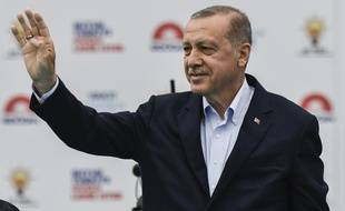 Erdogan en campagne électorale pour prolonger son mandat à la tête de la Turquie.