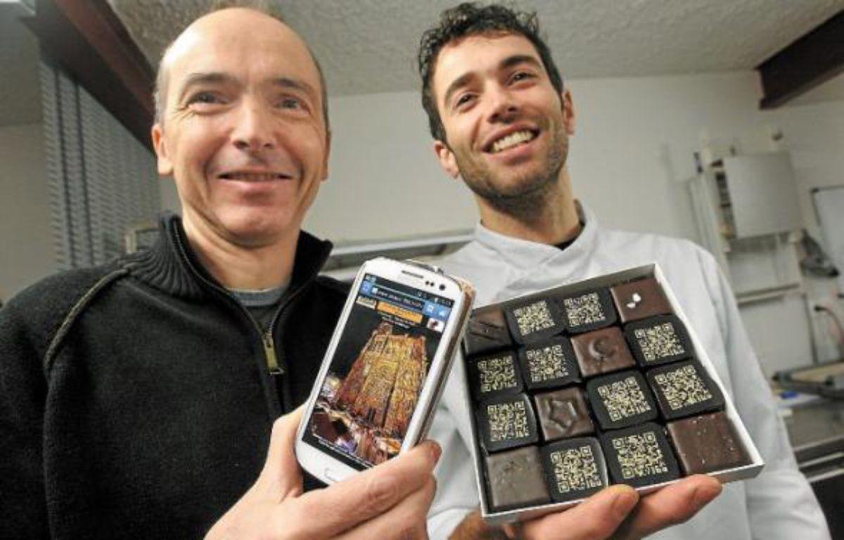 Le photographe Pascal Renard (à g.) et l'artisan-chocolatier Jérôme Kuster. –  G.Varela/20Minutes