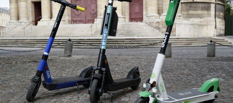 A Lyon, le stationnement des trottinettes en libre-service sur les trottoirs sera interdit à compter du 21 Juin.