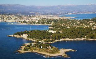 De luxueuses villas du Cap-d'Antibes sont au centre de l'affair