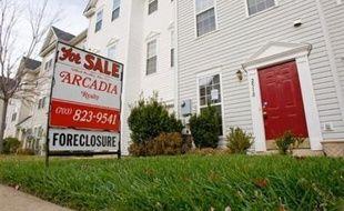 """Le président américain George W. Bush s'apprêtait à dévoiler jeudi un plan d'aide aux propriétaires endettés prévoyant notamment un gel de taux de leur emprunt immobilier """"subprime"""", et qui pourrait aider plus d'un million de ménages, a annoncé un responsable de la Maison-Blanche."""