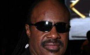 Le roi du groove et légende de la musique noire Stevie Wonder participera lundi soir à un meeting aux côtés du candidat à l'investiture démocrate Barack Obama, a-t-on appris auprès de l'équipe du sénateur de l'Illinois.