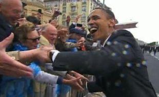 Capture d'écran de la vidéo «Barack Obama, une rock-star en tournée européenne».